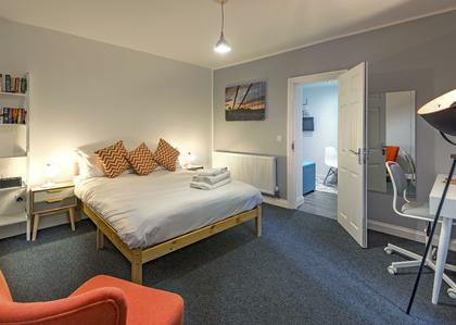 Short Term Rooms To Rent In Bristol With Clifton Short